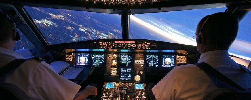 ¡Ven a nuestra escuela de pilotos comerciales!